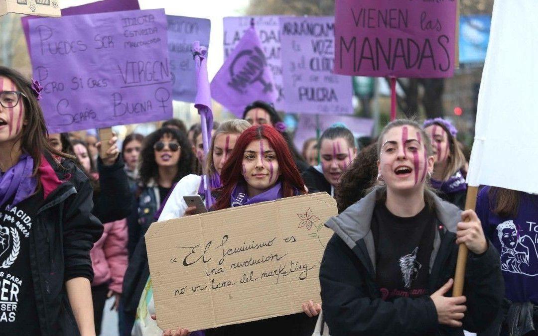 """Diálogo """"Del feminismo a la ideología de género"""" con Paloma Durán y Ferran Toutain"""