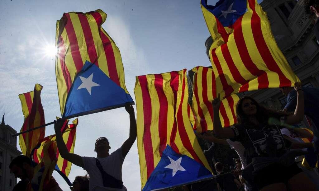 Empresas que huyen de Cataluña: de negarlo a desear su regreso, de Joan López Alegre